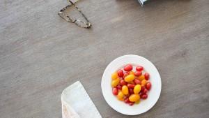 111-Tomaatjes-tafel-boeken-1920-Fotos-voor-Therapeuten